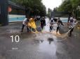 物业·天通苑保洁绿化清理积水,方便居民出行