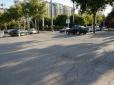 东坝好漾小区出口马路两边乱停车,影响视线