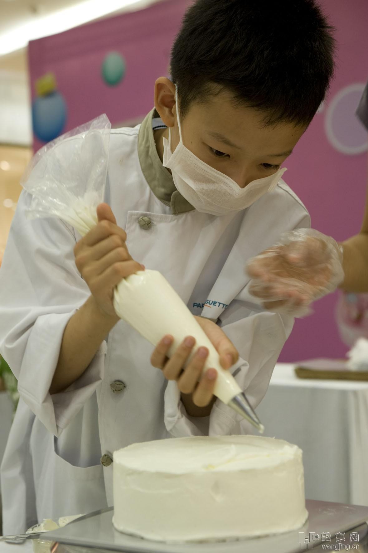 凯德6周年 童星闪耀,巴黎贝甜蛋糕教室活动花絮 高清图片
