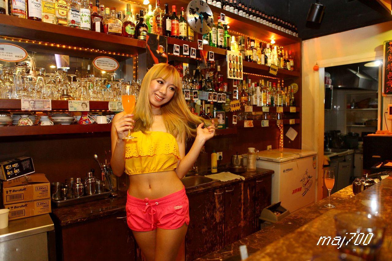 酒吧 美女1