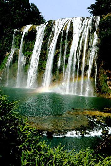 贵州黄果树景区大瀑布